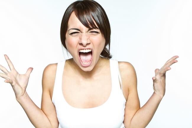 При избытке гормонов происходит сбой в работе нервной системы