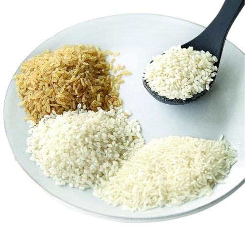 Лечебное действие оказывает рисовая диета