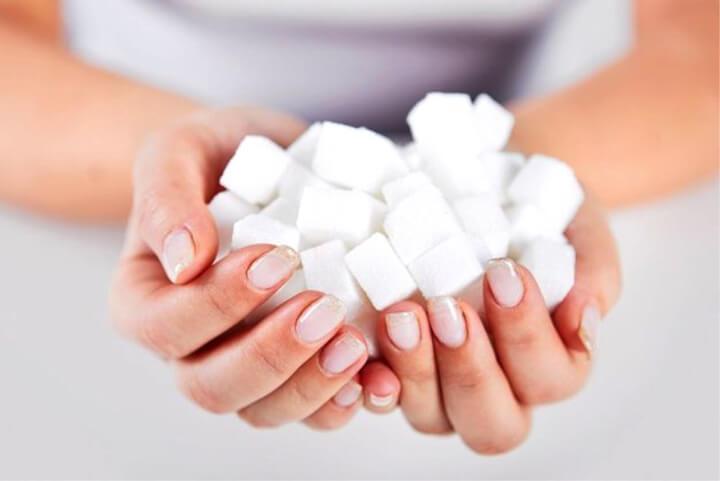 Сахар при грудном вскармливании употреблять можно