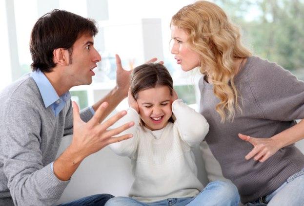 Проблемы в семье - один из факторов, провоцирующих заболевания щитовидной железы