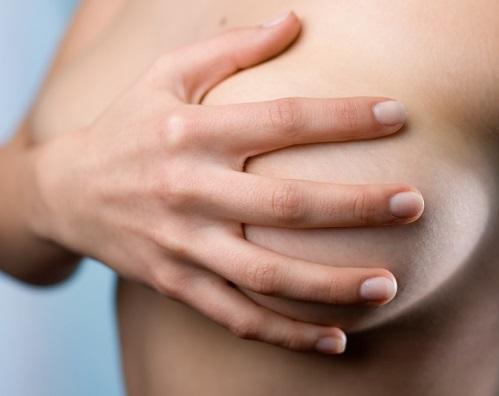 Как выглядит на фото обычная женская грудь фото 147-168