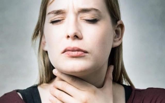 От разрастания щитовидки появляются приступы удушья