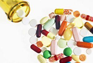В ходе лечения щитовидной железы рекомендован прием синтетических витаминов