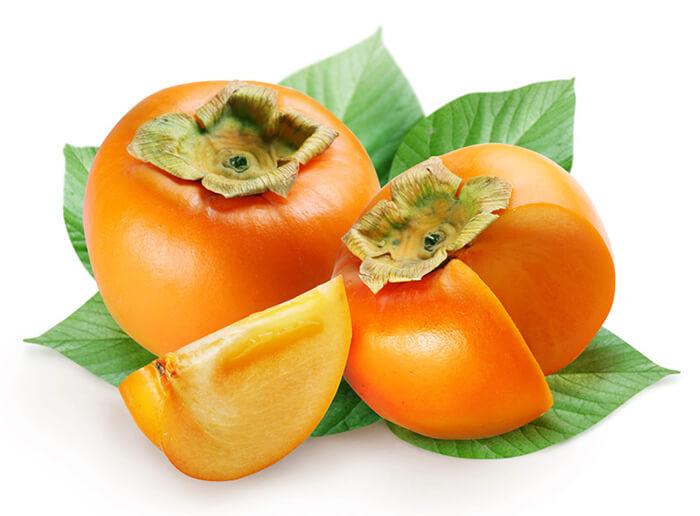 Спелый плод можно распознать по рыжей кожуре