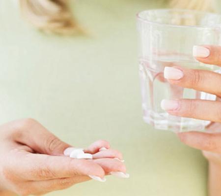 Для прекращения лактации можно воспользоваться таблетками