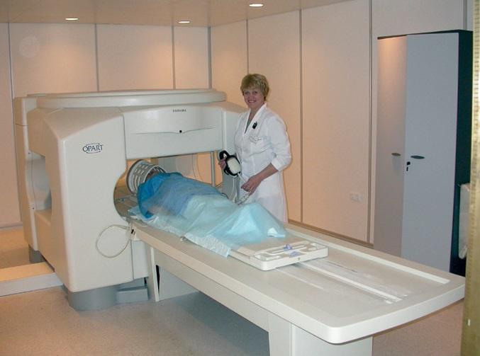 Если УЗИ оказалось неэффективным, врач назначает томографию