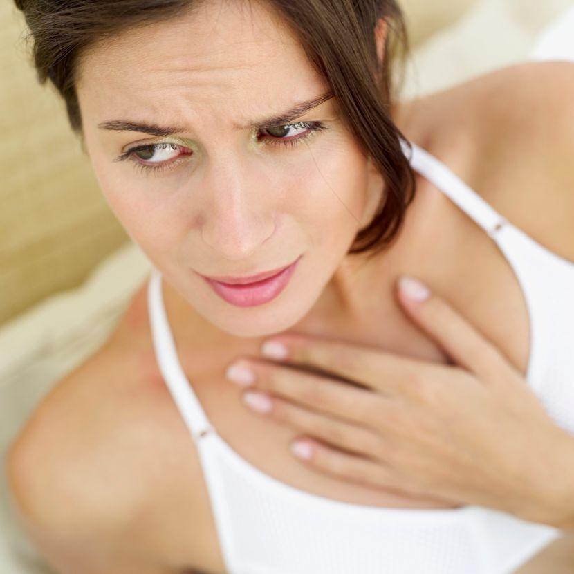 У пациенток появляются трудности в дыхании