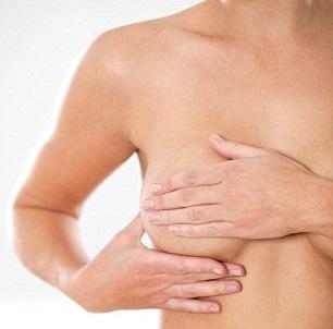Каковы причины появления уплотнений в груди