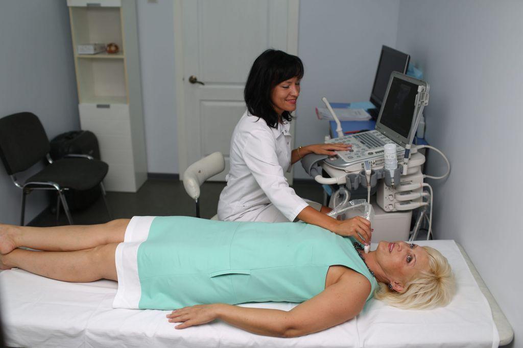 УЗИ позволяет оценить эхогенность узлов щитовидки