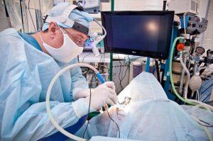 Видеоассестирование операции по удалению щитовидки