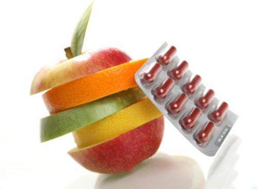 Чтобы повысить иммунитет, необходимо принимать витамины