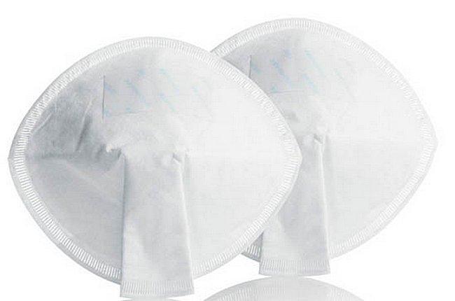 Специальные вкладыши защищают грудь от попадания вредоносных микроорганизмов