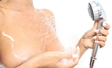 Водный массаж груди