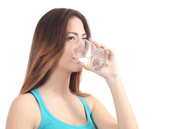 В сутки необходимо выпивать не более 1,5 л воды