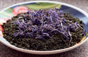 Заготовленное сырье иван-чая нужно просушить перед использованием