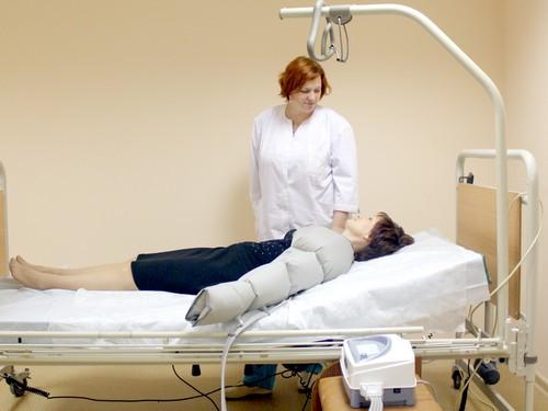После операции может появиться застой лимфы в руке