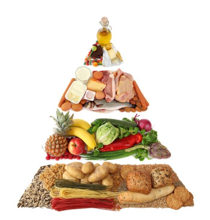 Питание мамы должно быть сбалансированным и содержать все необходимые микроэлементы