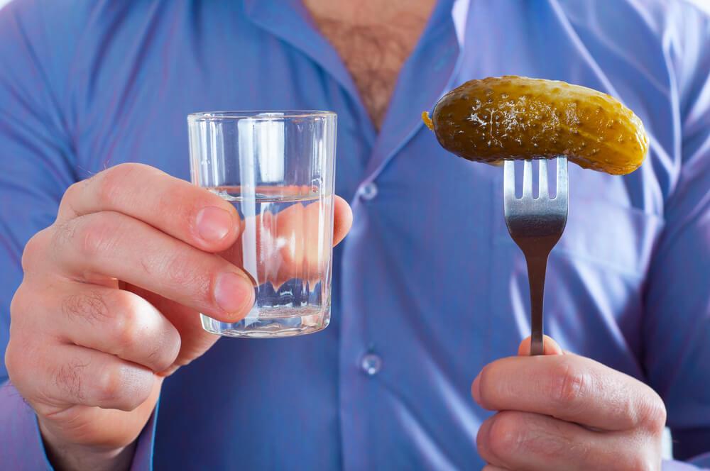 Злоупотребление алкогольными напитками может спровоцировать онкологию